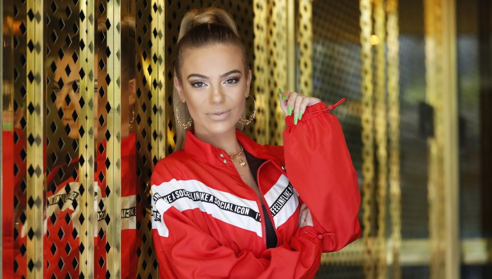 María Isabel presentando su nueva canción, 'La mirada'