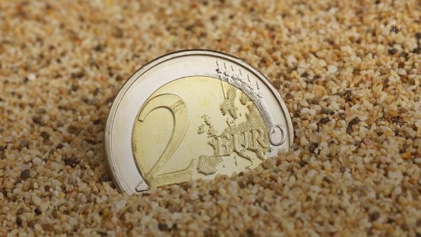 "Fíjate en tus monedas de 2 euros: la Guardia Civil alerta del timo de ""Ramsés II"""