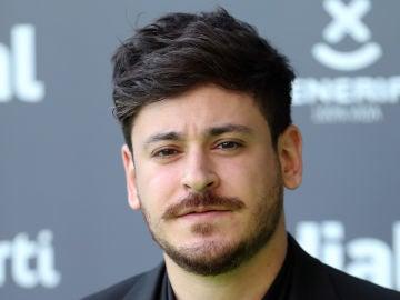 El cantante, Luis Cepeda