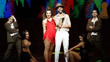 Lola Indigo y Don Patricio en los Premios Odeón