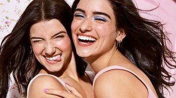 Las hermanas D'Amelio, en una campaña publicitaria