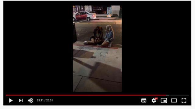 Joslyn y Eden The Doll asistiendo a Jaslene. Imágenes del directo publicado por los asaltantes.
