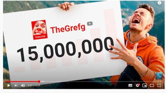 TheGrefg celebrando los 15 millones de suscriptores en YouTube
