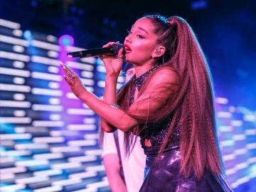 Ariana Grande en concierto