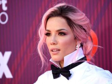 Halsey, una cantante multicolor