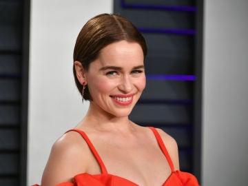 Emilia Clarke en la fiesta de los Oscar de Vanity Fair