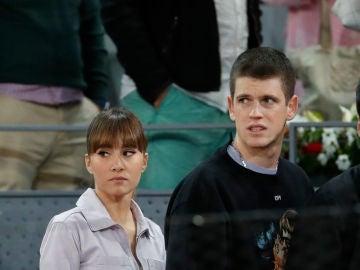 Aitana Ocaña y Miguel Bernardeau