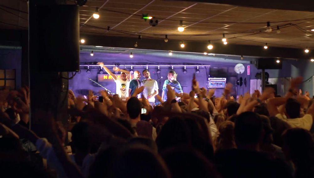 El Náutico se llena de música y emoción en la presentación de su serie documental de Flooxer