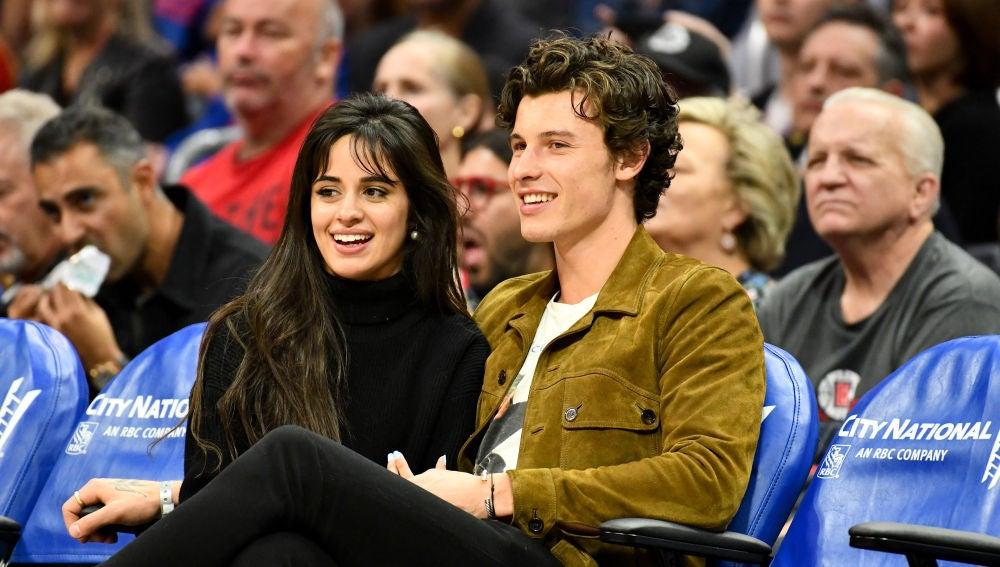 Camila Cabello y Shawn Mendes