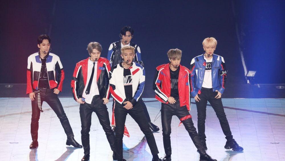 EXO durante un concierto en Taipei