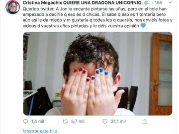 Le hacen bullying por ir con las uñas pintadas a clase y esta es la respuesta de Twitter
