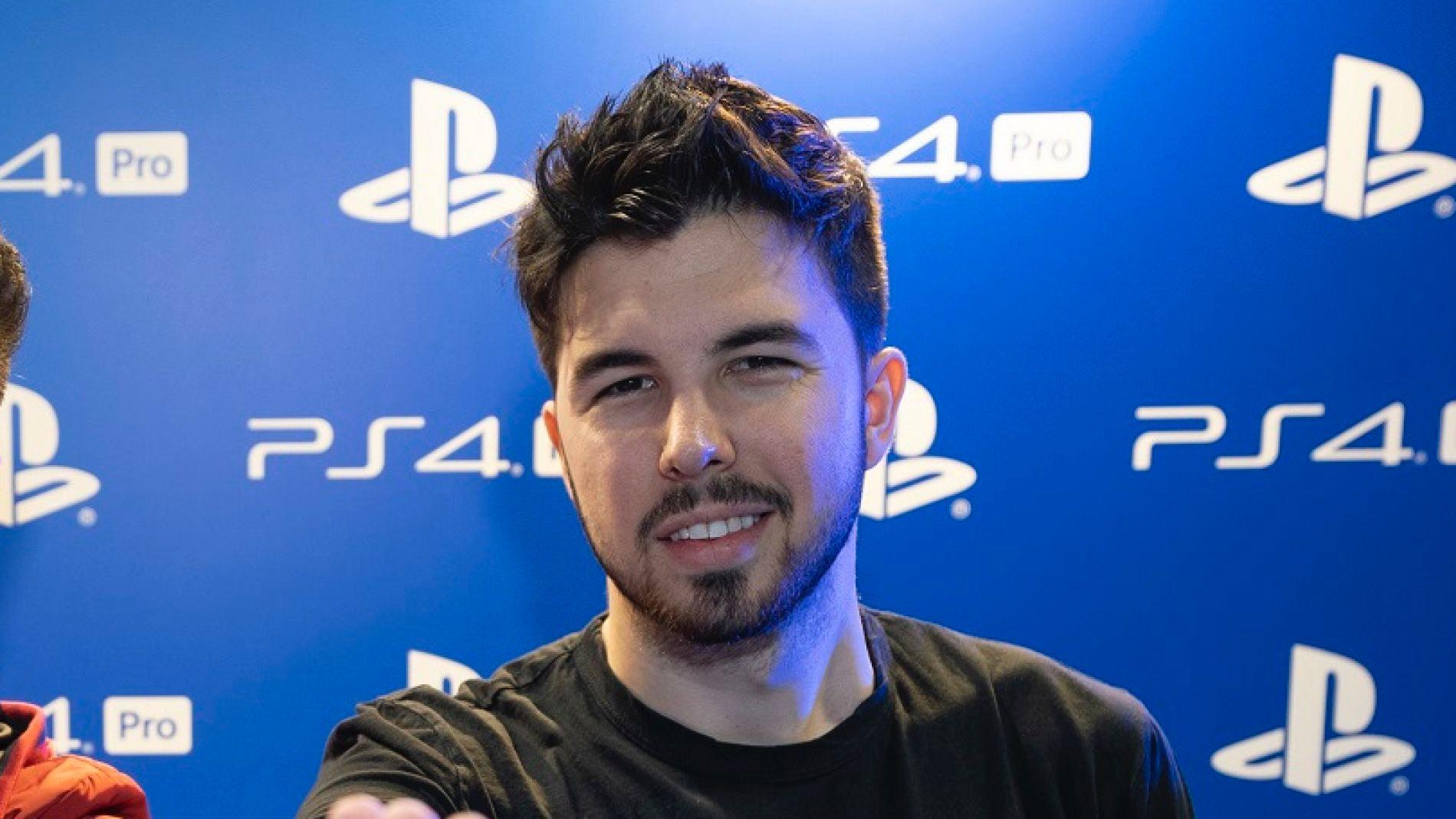 WillyRex en la presentación de PS4