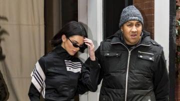 Kendall Jenner con un chándal Adidas por las calles de Nueva York