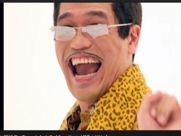 Pikotaro, en un fotograma de su exitazo 'Pinneapple Pen'
