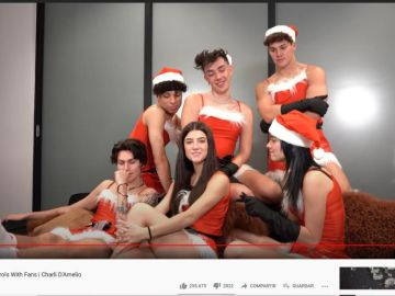 Charli D'Amelio y sus amigos en YouTube