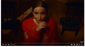 Zahara en el videoclip de 'Merichane'