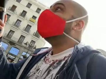 Borja Escalona, segundos antes de la agresión