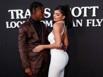 Kylie Jenner y Travis Scott en 2019
