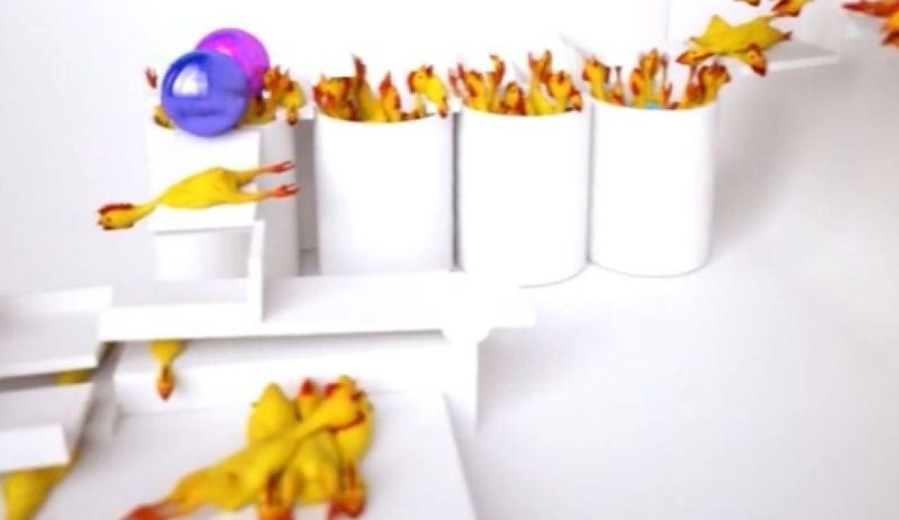 El vídeo de Jurassic Park con pollos de goma