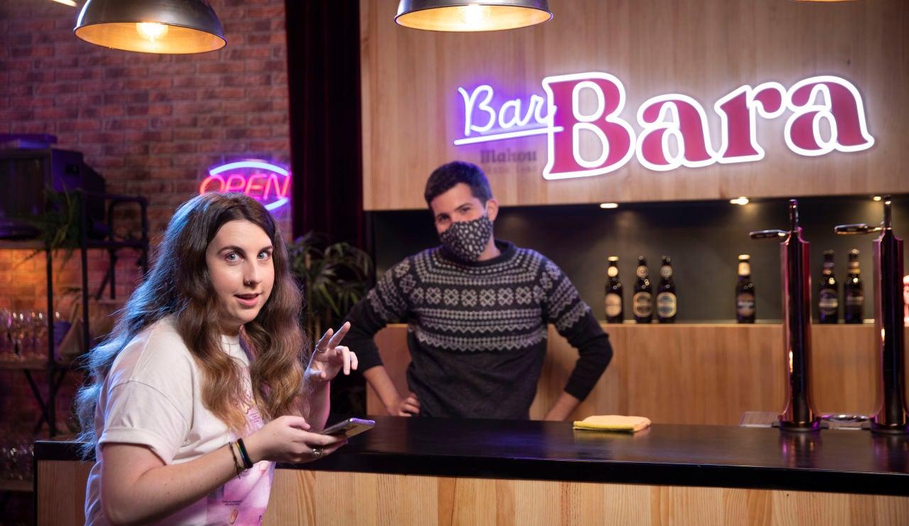 Carolina Iglesias y Kikillo en el Bar Bara